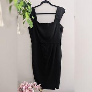 Vince Camuto little black dress